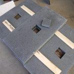 uitsparing in betontegel voor vierkante spot